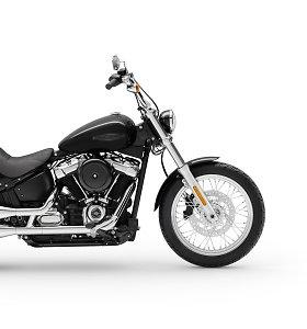 """Naujas """"Harley-Davidson Softail Standard"""": juodas chromuotas malonumas ant dviejų ratų"""