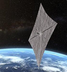 Kosmose pirmąkart išskleista burė gali tapti naujoviškų kosminių kelionių pranašu