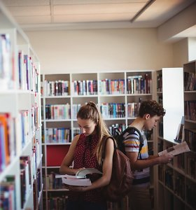 """""""Transparency International"""" siūlo mokykloms į biudžeto planavimą įtraukti moksleivius"""