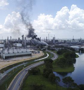 """Netoli Hjustono esančioje """"Exxon Mobil"""" gamykloje per gaisrą sužeisti 37 žmonės"""