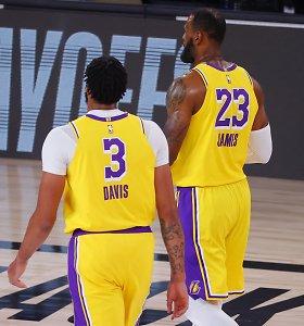 """Įspūdingi individualūs """"Lakers"""" žvaigždžių pasirodymai garantavo vietą Vakarų pusfinalyje"""