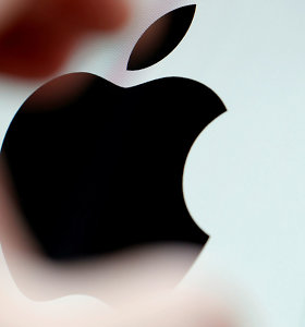 """""""Apple"""" aplenkė """"Samsung"""" ir tapo didžiausia pasaulyje lustų pirkėja"""