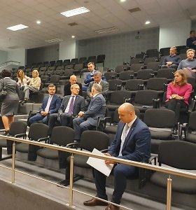 Įtampos ir intrigų kaustomame Vilniaus teisme – teisėjų bandymas susidraugauti
