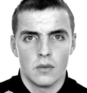 Dėl 2015 m. Vilniuje sužaloto žmogaus policija ieško į Angliją išvykusio Dmitrijaus Frolenkovo
