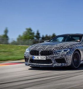 Sportiniai BMW automobiliai gaus naują technologiją: ji patiks ne visiems