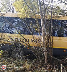 Po 16 žmonių avarijos medikų pagalbos prireikė tik mikroautobuso vairuotojui ir vienai keleivei