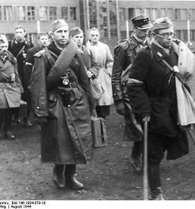 Lenkijoje paminėtos Varšuvos sukilimo 75-osios metinės