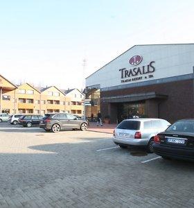 """Uždaromas """"Trasalio"""" viešbutis, vandens parkas veiks toliau"""
