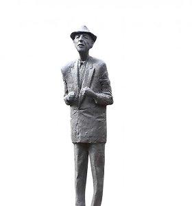L.Coheno skulptūros atidengimas – tik turintiems specialius kvietimus