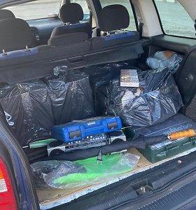 Pagyvenusio palangiškio bagažinėje – tūkstančių eurų vertės nelegalus krovinys