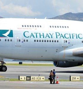 """""""Cathay Pacific"""" padarė antrą """"pirmos klasės klaidą"""" per dvi savaites"""