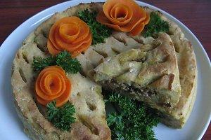 Sotusis bulvių pyragas (Reginos R. receptas)