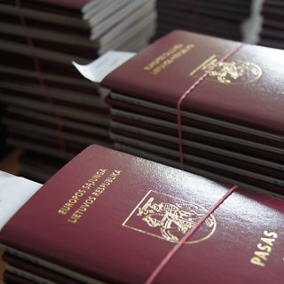 Dviguba pilietybė