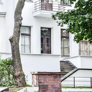 Kauno menininkų namai (KMN)