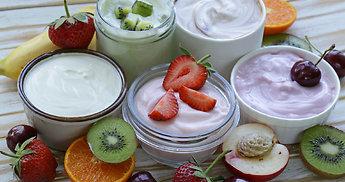 Jogurtas – sveikesnis pasirinkimas visoms progoms: tiks ir vietoje deserto, ir prie salotų