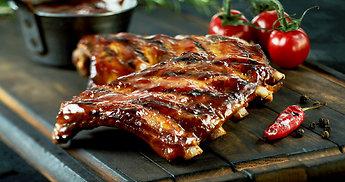 Konkursas mėgstantiems rimtai užkąsti: kviečiame dalintis kiaulienos patiekalų receptais!