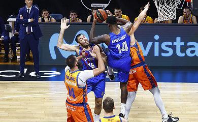 """Valensijos ekipą sutriuškinusi Šaro """"Barcelona"""" – Ispanijos Supertaurės finale"""