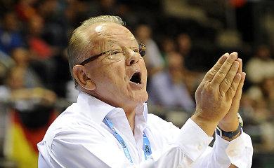 Liūdna žinia krepšiniui: mirė legendinis treneris Dušanas Ivkovičius