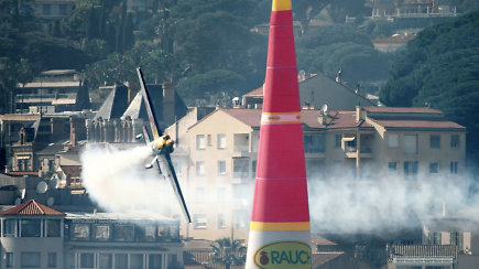 Oro lenktynių virtuozai atskleidžia – jų kasdienybėje negali būti vietos klaidai