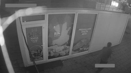 Brutalus naktinis įsilaužimas į mėsos krautuvę Šiauliuose
