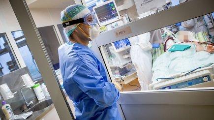 Per pastarąją parą nuo COVID-19 mirė 19 žmonių – komentarai iš Santaros klinikų