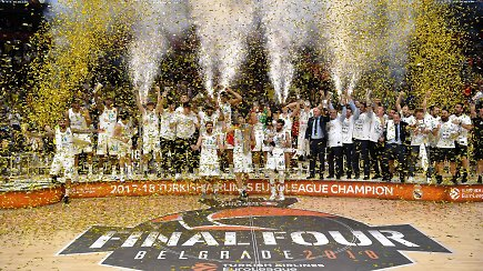 """Pamatykite: Madrido """"Real"""" Eurolygos finale nukarūnavo Stambulo """"Fenerbahče"""""""