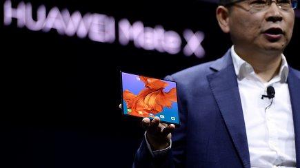 """Barselonoje oficialiai pristatyti nauji """"Huawei""""gaminiai: 5G modemai, sulankstomi telefonai ir spartūs kompiuteriai"""