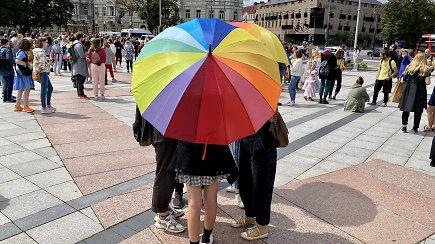 LGBTQ + solidarumo eitynės 2020: siekia atkreipti dėmesį į mažiau matomų bendruomenių problemas