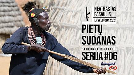 Aštriais pjūviais gydomos ligos bei užsieniečiu susidomėjusios moterys: lietuvio viešnagė atokiuose Toposa genties kaimuose