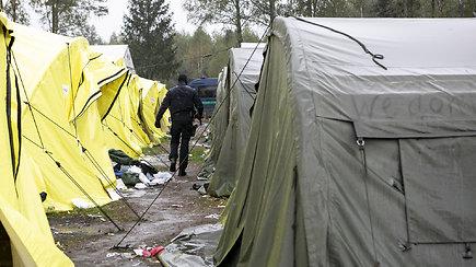 Penktadienį į Kybartus išgabenti paskutinieji Rūdninkuose gyvenę migrantai