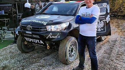 15min/Gazas žurnalisto Žilvino Pekarsko pasiskraidymai su Benediktu Vanagu jo Dakaro bolidu