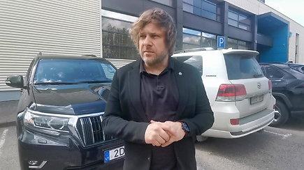 Benediktas Vanagas pasisakė apie miestuose rengiamas nelegalias lenktynes ir Dano Rapšio padarytą KET pažeidimą