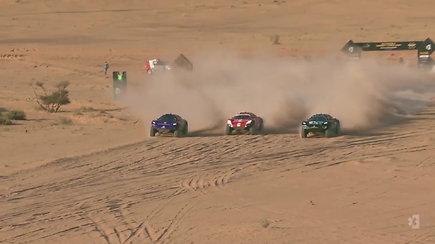 """""""Extreme E"""" lenktynių serijos startas Saudo Arabijoje"""