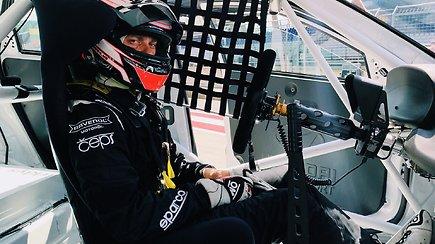 """Jonas Karklys šeštadienio lenktynėse """"Red Bull ring"""" užėmė aštuntą vietą"""