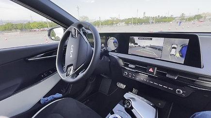 KIA EV6 elektromobilio parkavimo funkcija