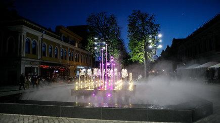 Laisvės alėjoje sušvito fontanas