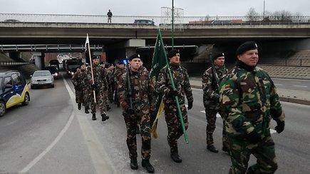 Kariuomenei 100: Klaipėdą užliejo karinis paradas