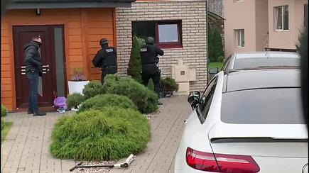 Nufilmuotas lietuvių, įtariamų automobilių vagysčių organizavimu, sulaikymas