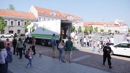 Unikalus namas ant ratų keliauja po Lietuvą
