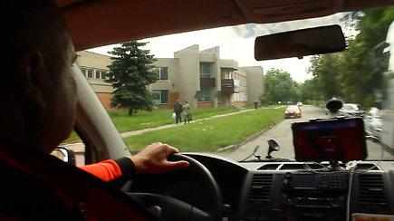 Eksperimentas: ar Panevėžio vairuotojai praleidžia skubančius medikus?
