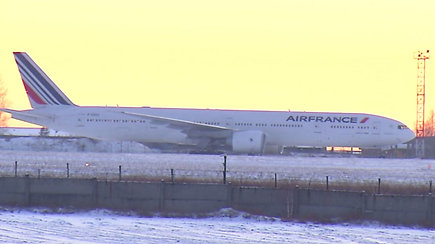 """Įstrigę Sibiro šaltyje: """"Air France"""" lėktuvo keleiviams palikti Irkutską pavyko tik iš trečio karto"""