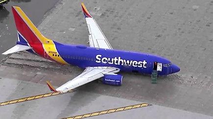 Iš nutūpimo tako išvažiavusio orlaivio keleiviai liko sukrėsti – nuo nelaimės skyrė keli metrai