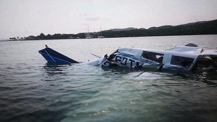Nelaimė prie Hondūro krantų: sudužus lengvajam lėktuvui žuvo penki žmonės