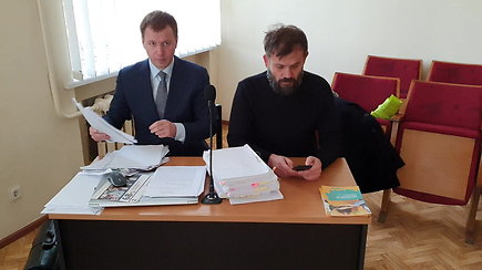 Varėnos teisme rengiamasi eksperto apklausai