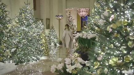 Įvertinkite: M.Trump parodė, kaip atrodo naujasis kalėdinis Baltųjų rūmų interjeras