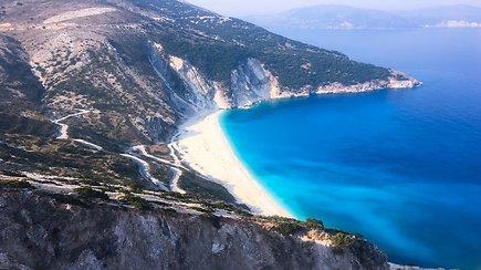 Gražiausi Kefalonijos paplūdimiai ir kvapą gniaužiančios olos