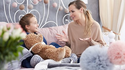 Atmintinė tėvams, kaip bendrauti su vaikais karantino metu