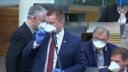 """""""Sunkus"""" rytas Seime: D.Gaižauskas neištaria A.Salamakino pavardės"""