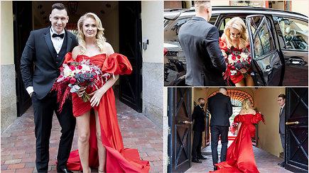 """""""Stikliuose"""" susituokė N.Bunkė ir E.Eidėjus: pamatykite išskirtinę nuotakos suknelę"""
