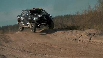B.Vanago pasiruošimas Dakaro raliui: pradėjo automobilio testus